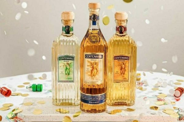 Photo for: What's the difference between Blanco, Reposado, and Añejo?